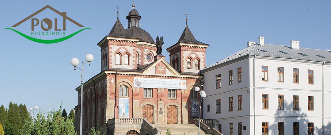 Ocieplenie kopuły Kościoła na wysokości 25 metrów.